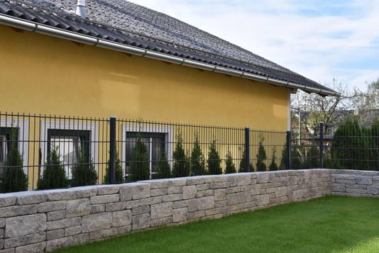 247GestaltungeinesReihenhausgartensII.JP