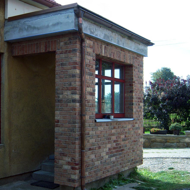 Referenční-stavba-z-lícových-cihel-Cienn