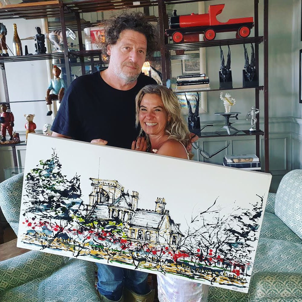 Andi presents her painting to Marco Pierre White