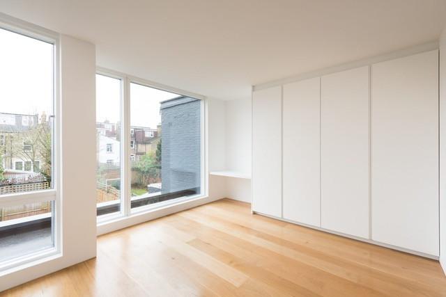 N2 Minimalistic White6.jpeg