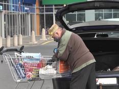 Mesto nakupuje nielen pre seniorov