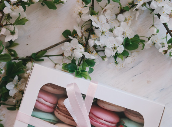 Box of Macaroon