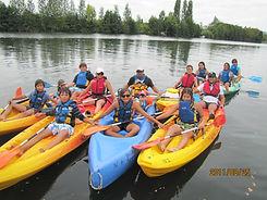 balade en canoe avec locataires.jpg