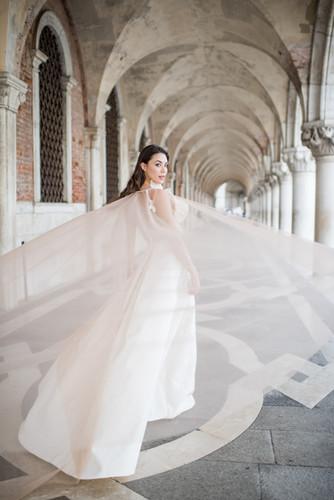 'Blush veil'