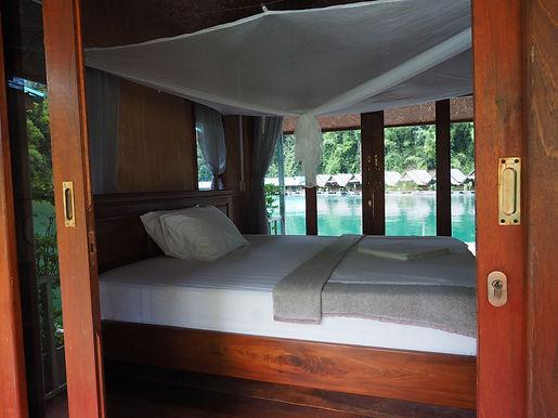 5-bungalow-INSIDE-1.jpg