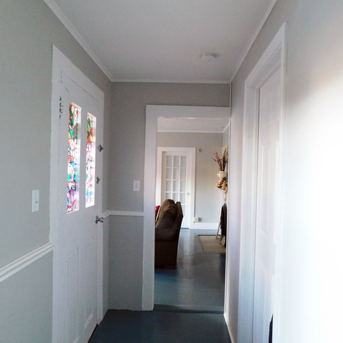 Entryway Sober Woman Recovery