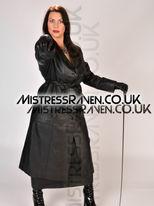 Gallery10-06-MistressRaven.Co.Uk