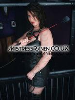 Gallery10-04-MistressRaven.Co.Uk