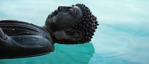 buddha-509372_640_edited.jpg