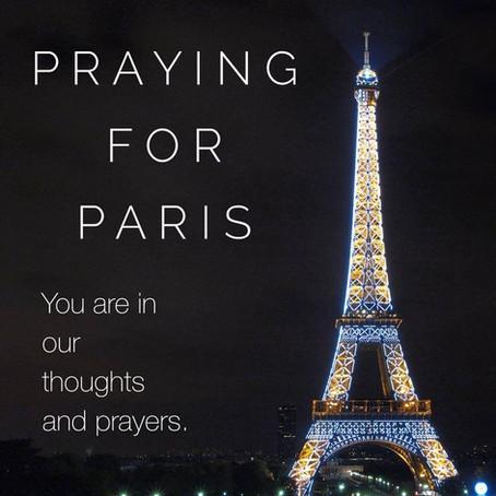 #PrayersForFrance