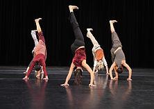 Suporte da mão durante a performance de dança