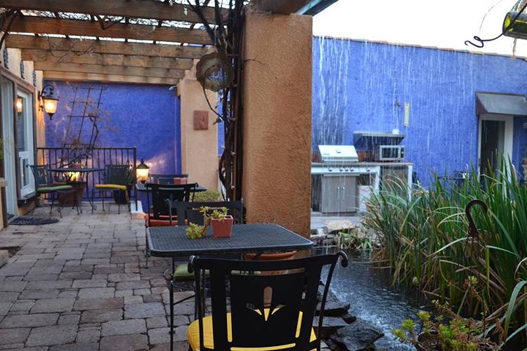 Courtyard at Milo's Inn at Boulder