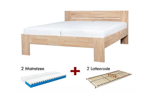 Massivholzbett mit Matratzen und Lattenrosten