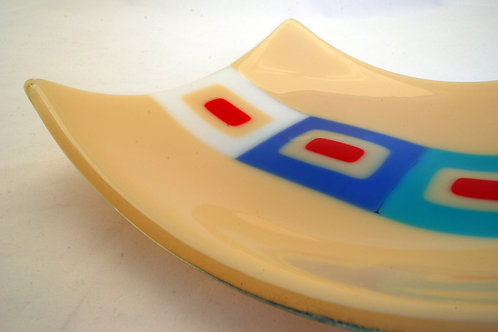 Plate, medium glass plate, Retro Squares in marzipan