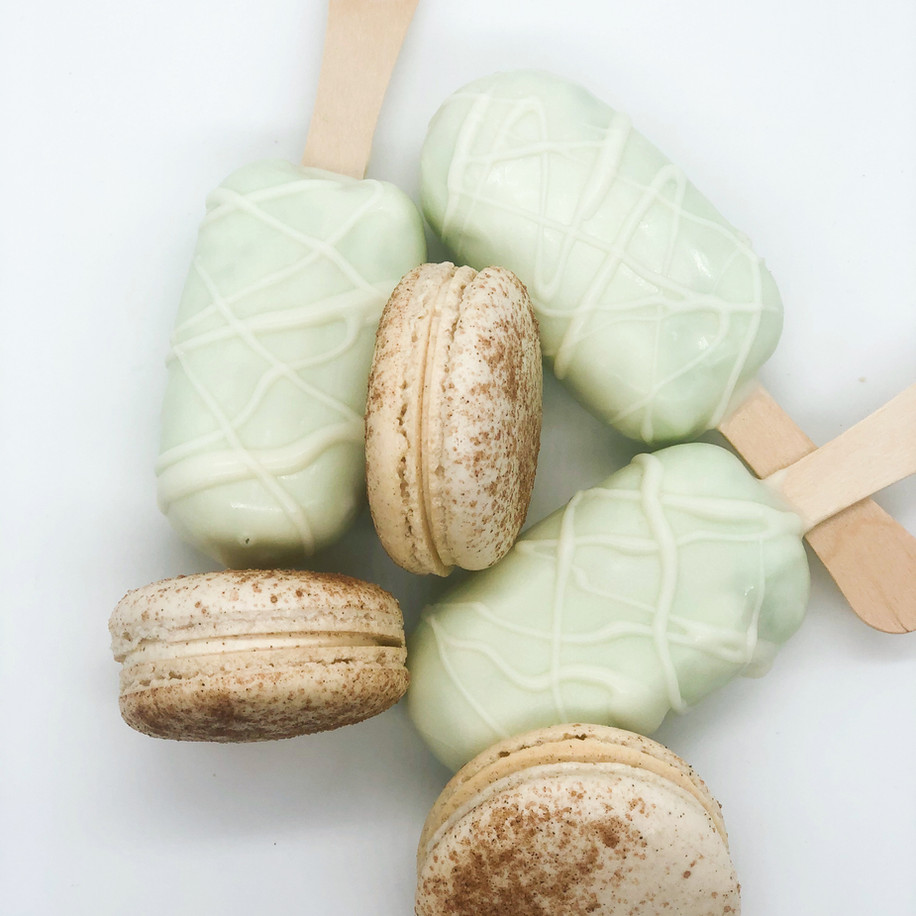 Cakesicles and Macarons