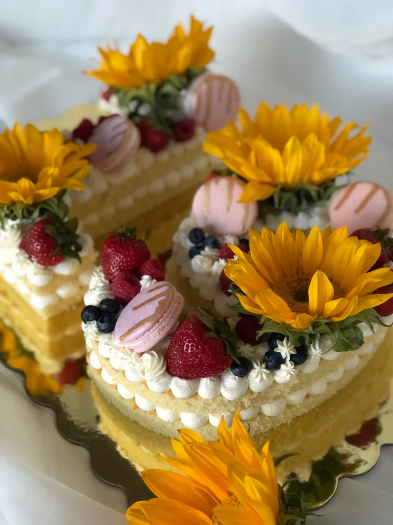 Number Cake with Sunflowers