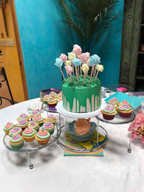 Dr. Seuss Themed Baby Shower. Note the f