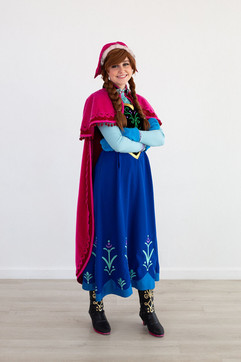 Frozen 1 Anna Inspired Character - Adventure Outfit