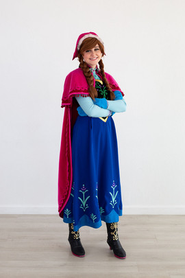 Frozen 1 Anna Inspired Character