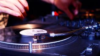 Un DJ pour votre mariage?