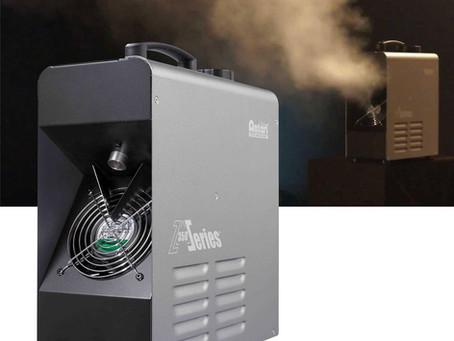 Machine à fumée à base d'eau de type ''fazer''