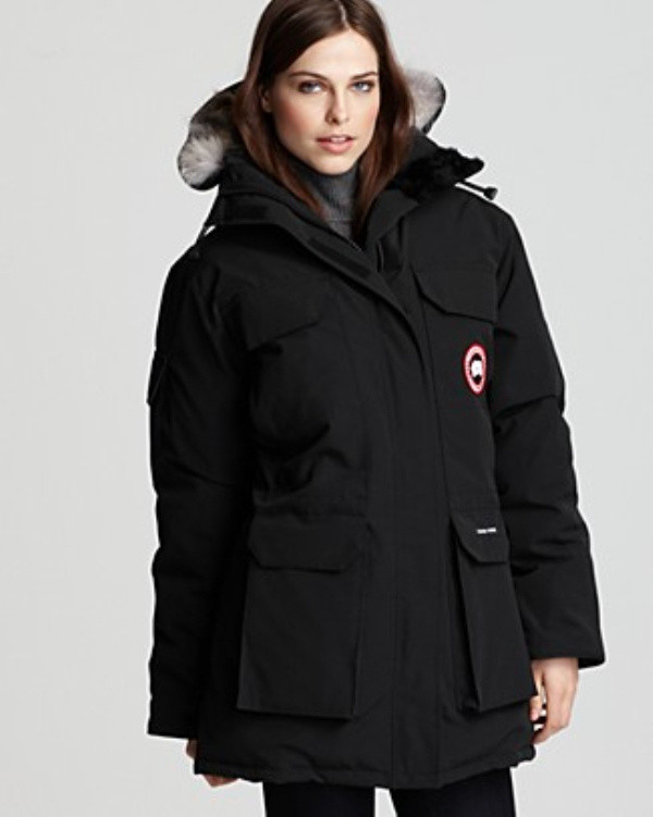 Women-Canada-Goose-Expedition-Parka-Black.jpg
