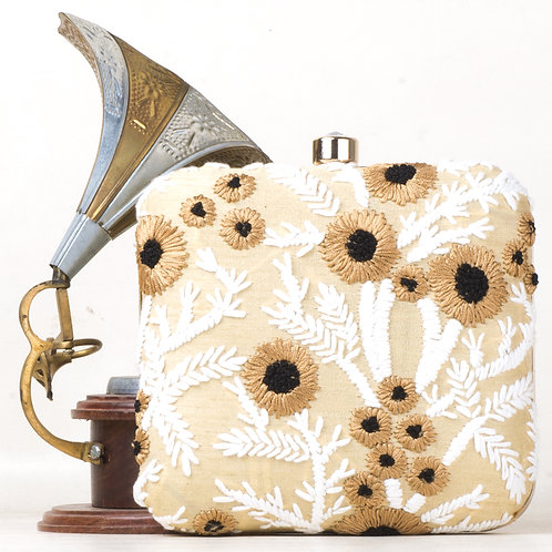 JOMOAC NEW HAND EMBROIDERY BROCADE CLUTCHES