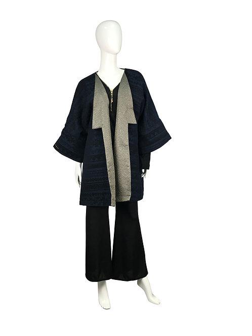 Kimono corto reversible.