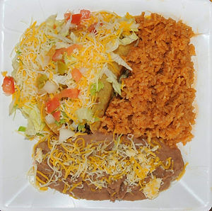 Tacos%20dorados_edited.jpg