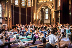 Global Flow Yoga in Vondelkerk