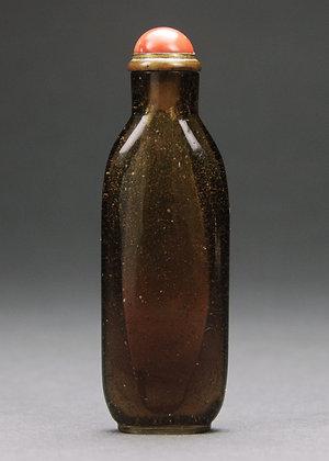 Chinese Amber Peking Glass Snuff Bottle