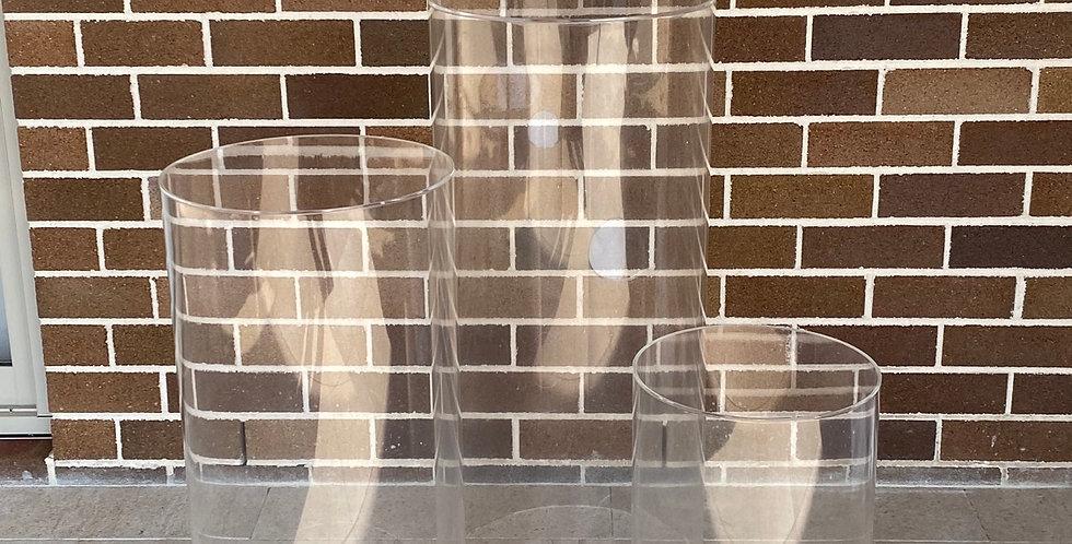 Round Clear Acrylic Plinth