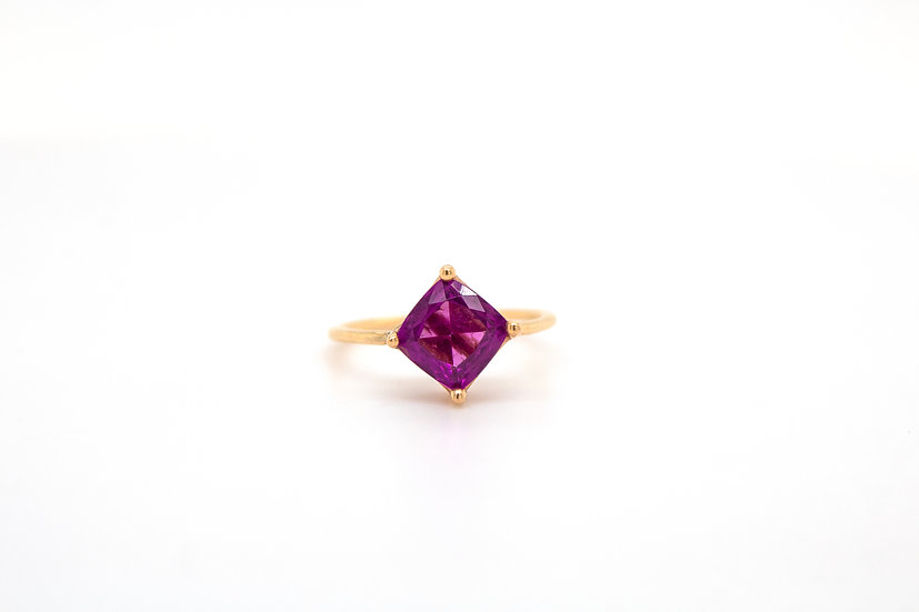 Grape Garnet Pinky Ring