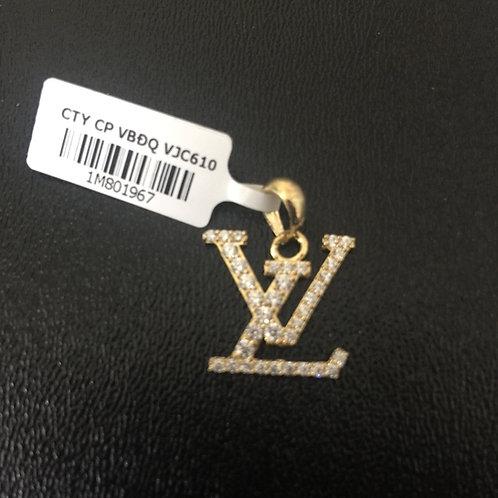 Mặt dây chuyền vàng chữ LV VJC 610