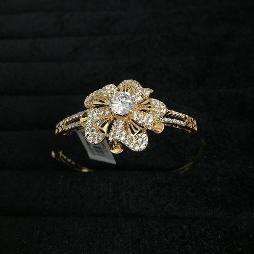 Vòng tay vàng nữ bông hoa VJC 610