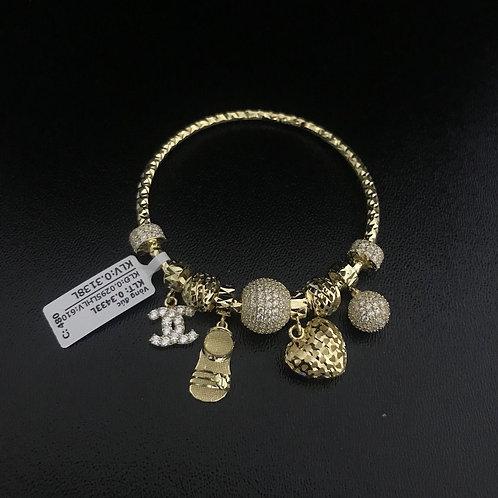 Vòng tay charm vàng chanel VJC 610
