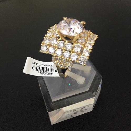 Nhẫn vàng nữ hoa đá trắng VJC 610
