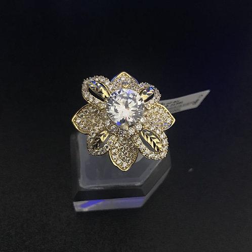 Nhẫn vàng hoa nữ đá trắng