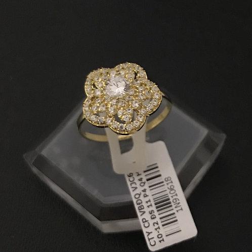Nhẫn vàng hoa nữ đá trắng VJC 610