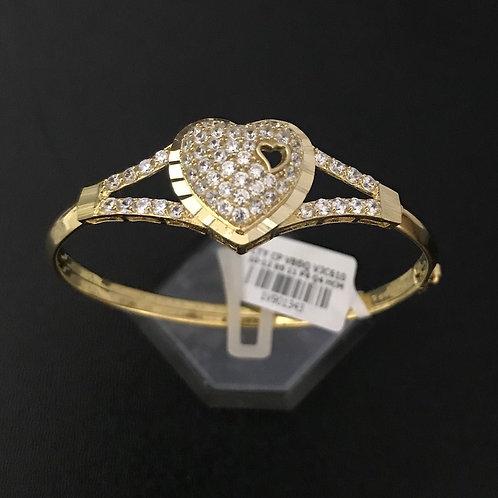 Vòng tay vàng trái tim đá trắng VJC 610