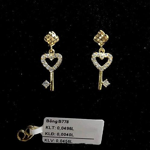 Bông tai chìa khoá vàng đá trắng VJC 610