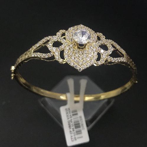 Vòng tay vàng hoa đá trắng VJC 610