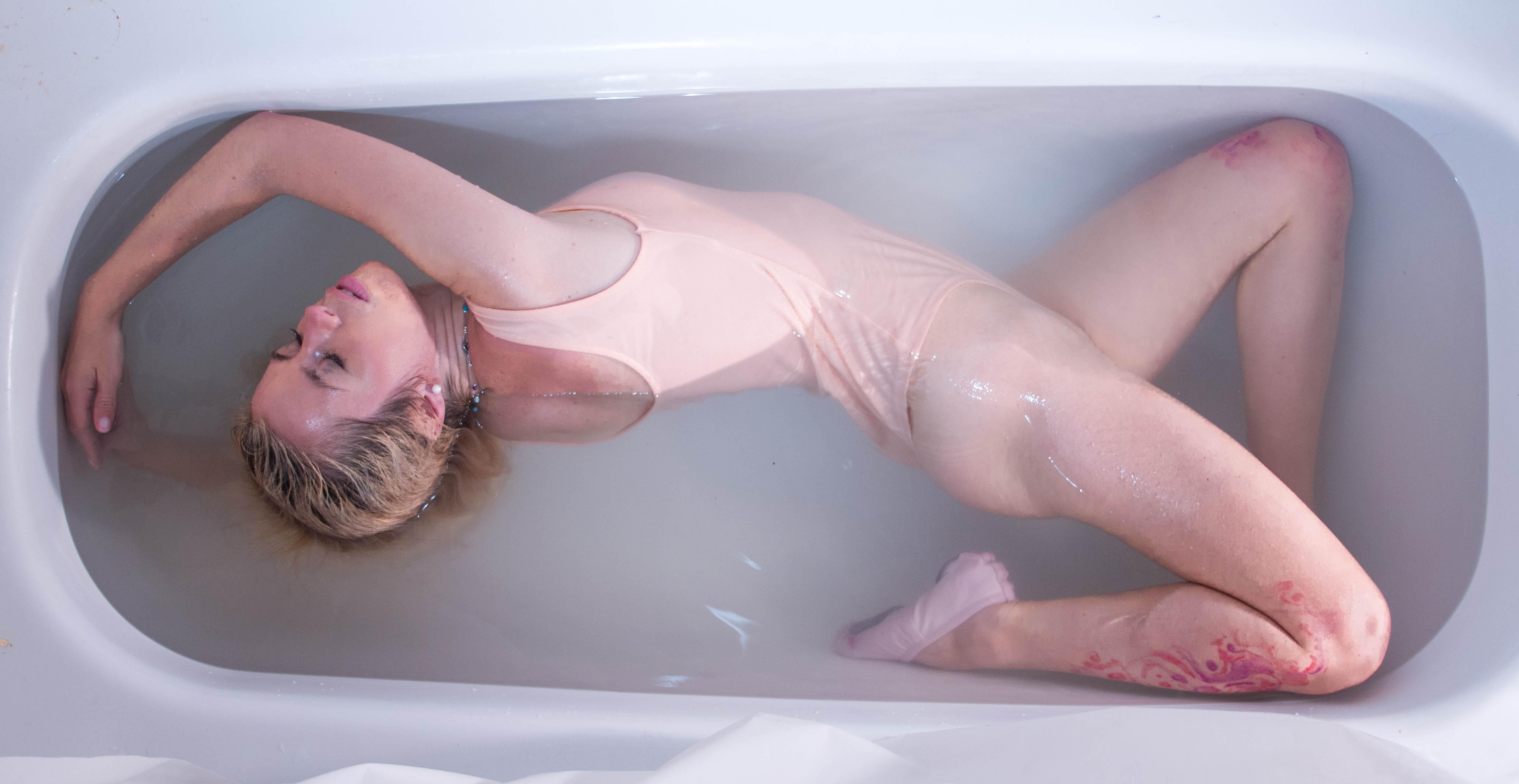 Mujeres en la bañera