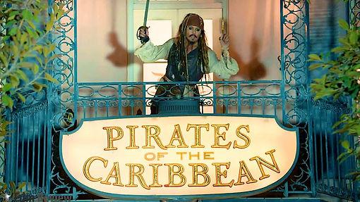 Johnny-Depp-at-Disneyland-006 (1).jpg