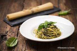 Spaghette cu pesto.jpg