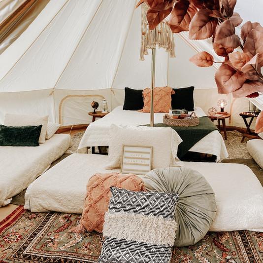 tent_Vacca_fam.jpeg