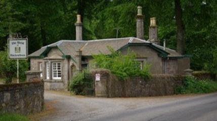 Gate Lodge 1.jpg
