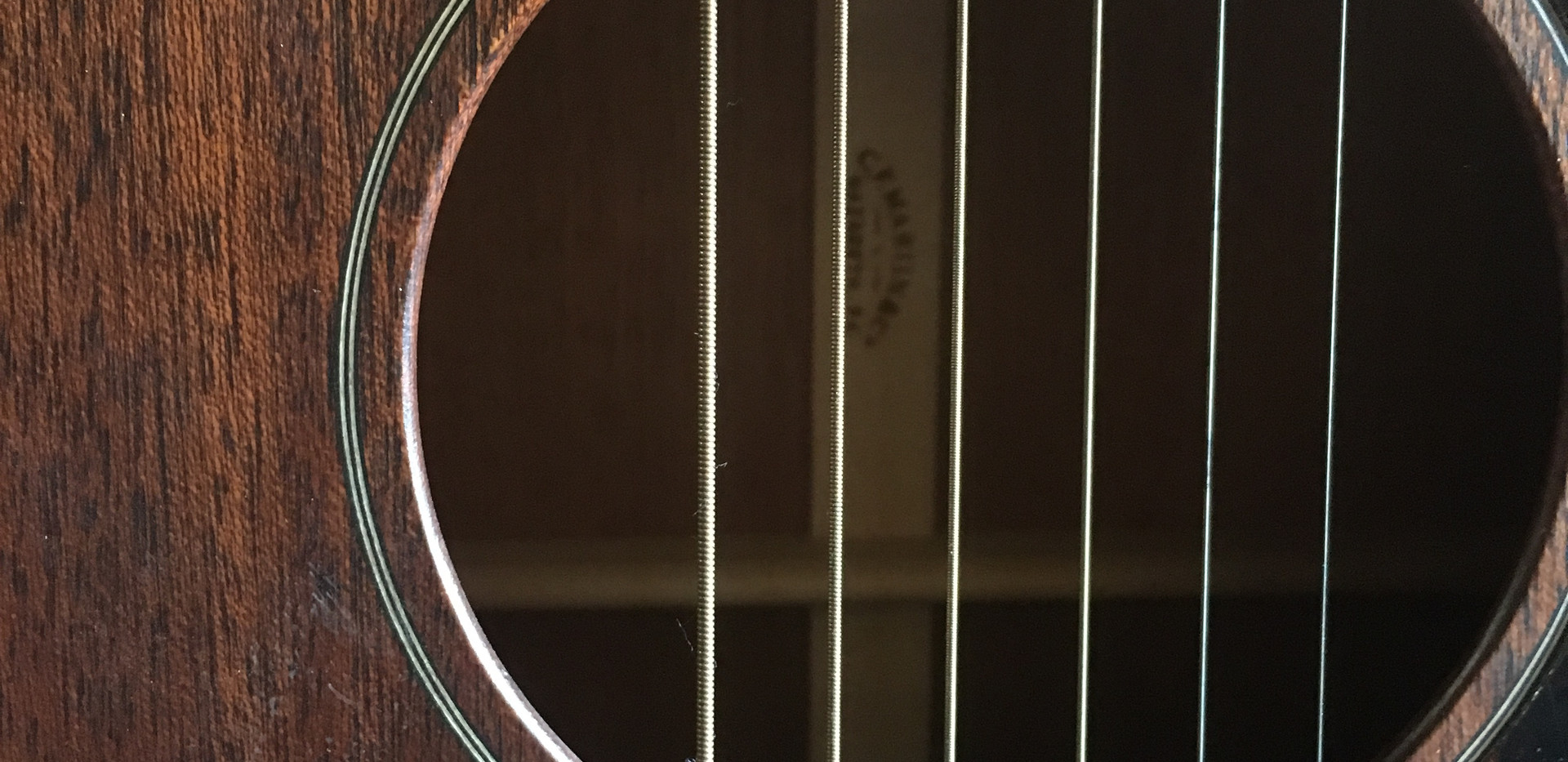 """Originally purchased 2016 Used Martin 00015-M Solid Mahogany Steel string Acoustic  BODY SIZE: 000-14 Fret  FINISH TOP: Satin  CONSTRUCTION: Simple Dovetail Neck Joint  BACK & SIDE FINISH: Satin  BRACING PATTERN: X Brace  SCALE LENGTH: 25.4""""  BRACE SHAPE: Non-Scalloped  FINGERBOARD WIDTH AT NUT: 1 11/16''  TOP MATERIAL: Mahogany  NECK SHAPE: Modified Low Oval  BACK MATERIAL: Mahogany  NECK TAPER: Standard Taper  SIDE MATERIAL: Mahogany  Hardshell case included  Price: $900.00"""