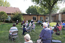 outdoor worship 9-20b.JPG