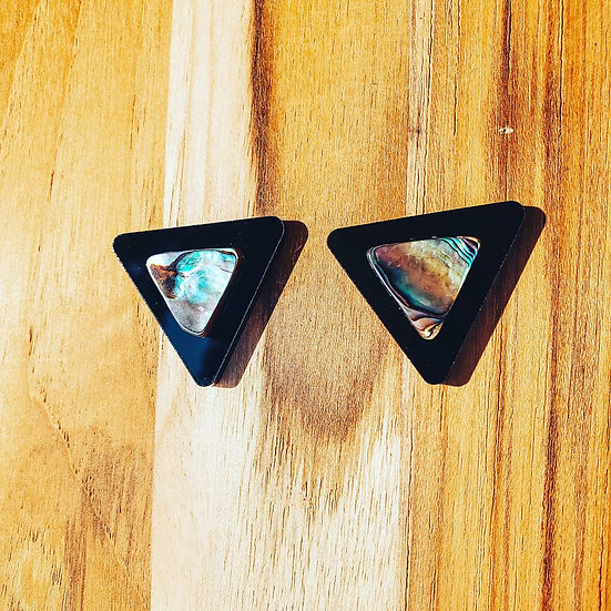 Black Abalone Arrow Posts